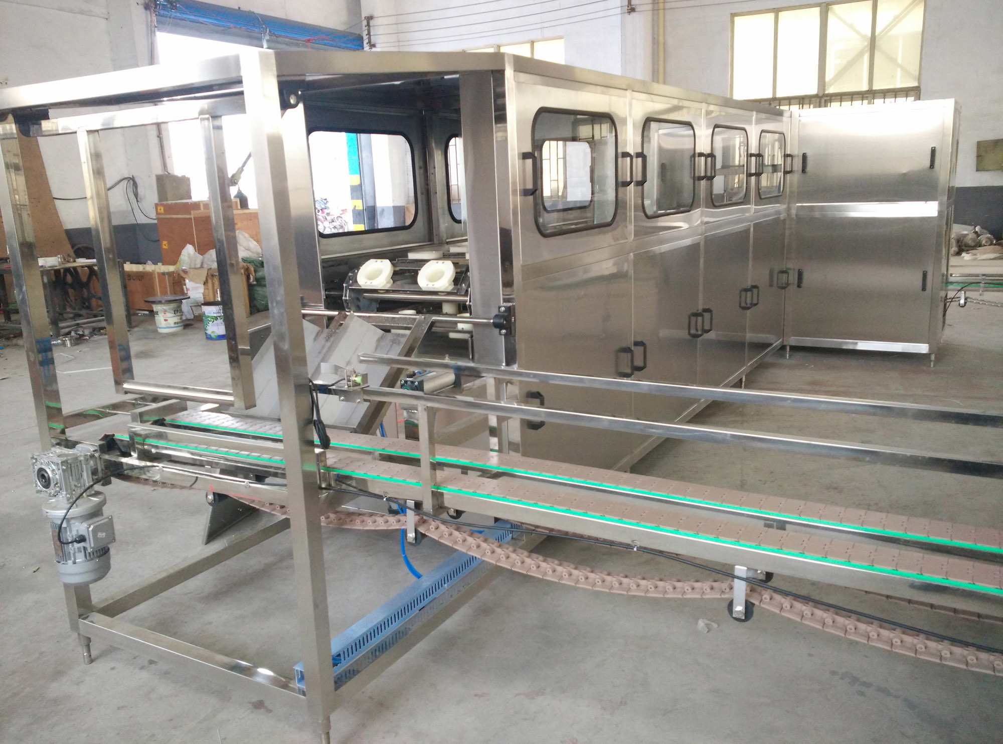 5 Gallon Barrelled Water Filling Line (QGF-240)