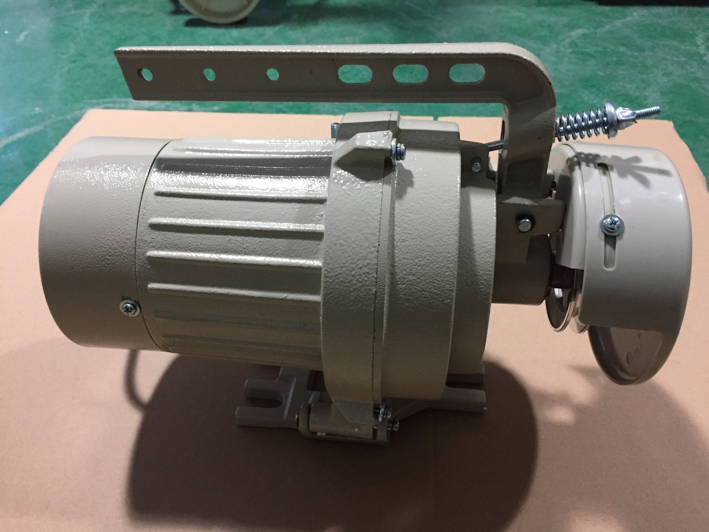 Clutch Sewing Machine Motor (DOL-62)
