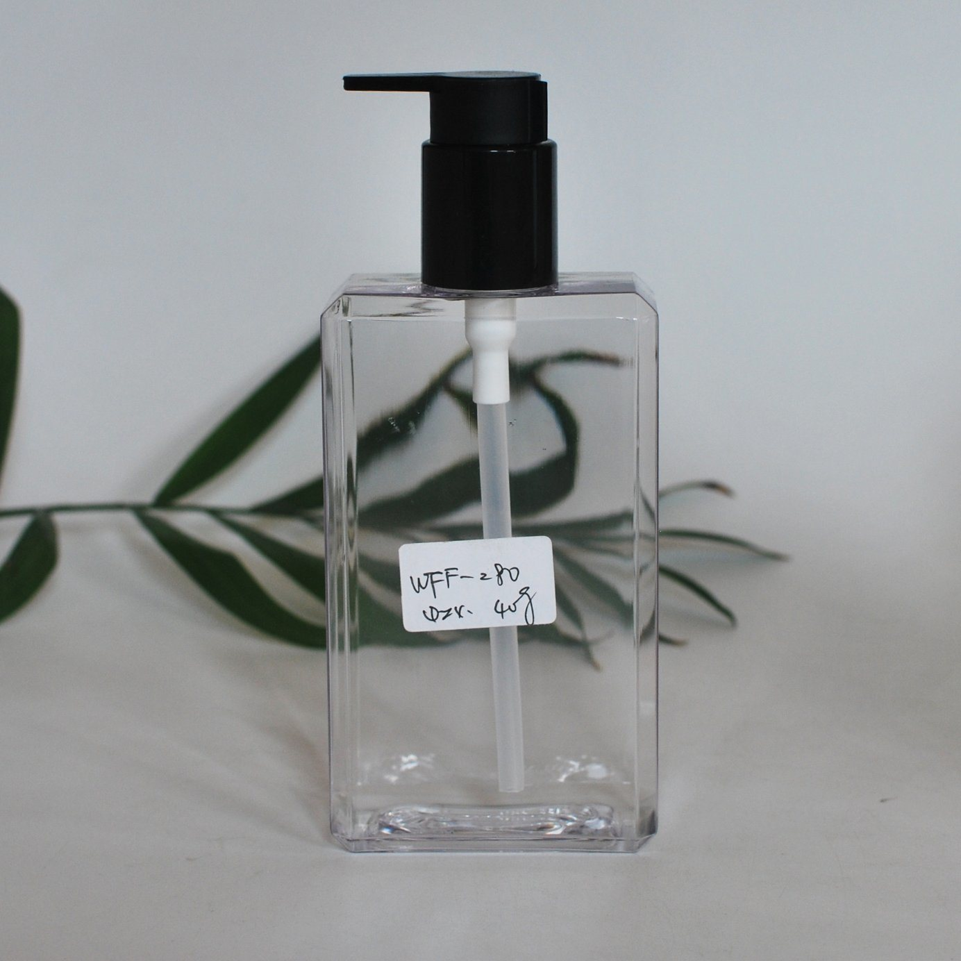 250ml Square Pet Plastic Bottle for Cosmetic Lotion Packing