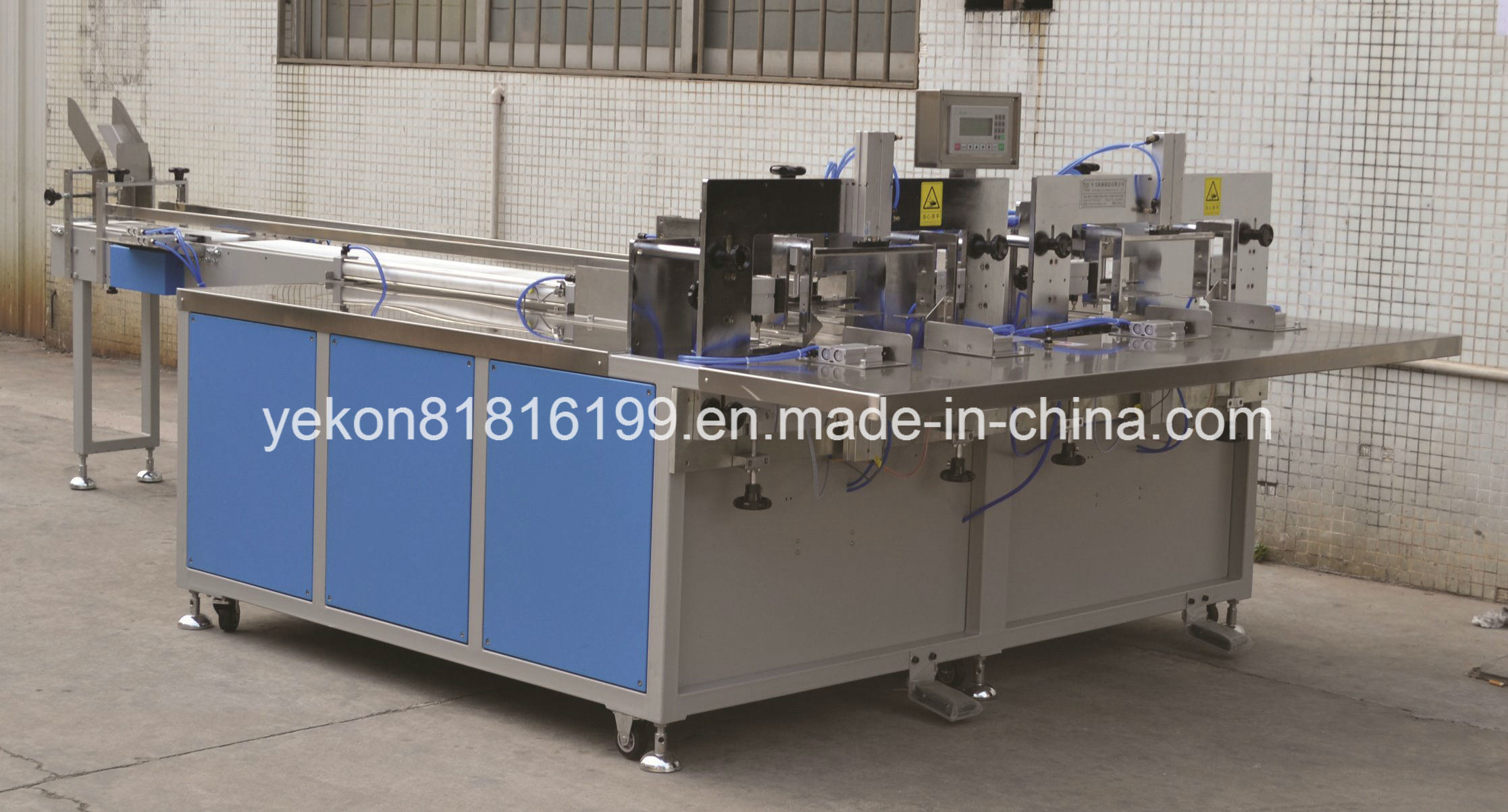 Semi-Automatic Soft Type Facial Tissue Packing Machine