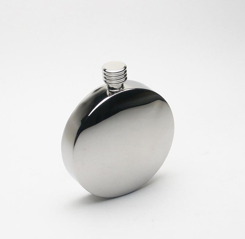 Man Gift Stainless Steel 304 Concave Convex Round Hip Flask