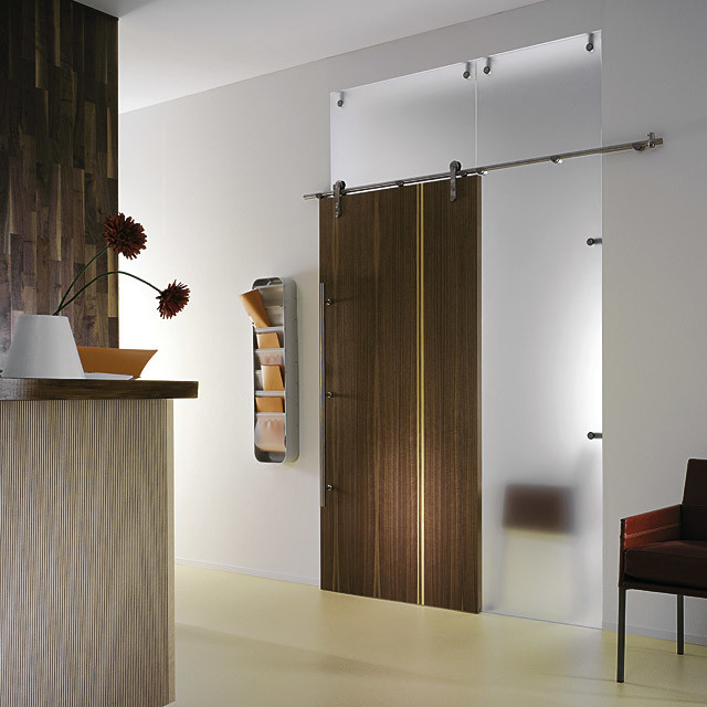 Wooden Sliding Door 640 x 640