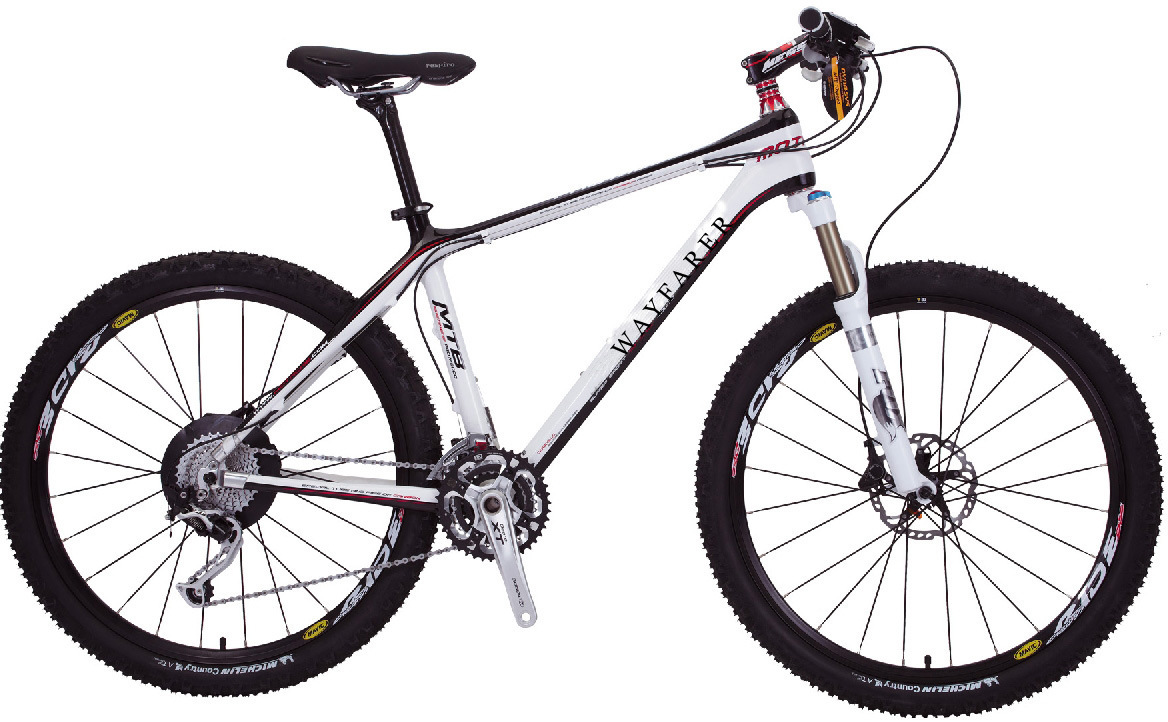 Amateur on carbon fiber bike