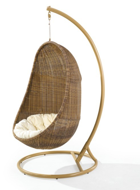 Wonderful Designs Hanging Chairs For Gardens