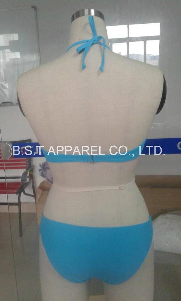 Sexy Two-Piece Moluld Cup Bikini (QG-605M)