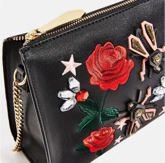 Women′s Fashion Embroidery Shoulder Handbag (BDMC121)