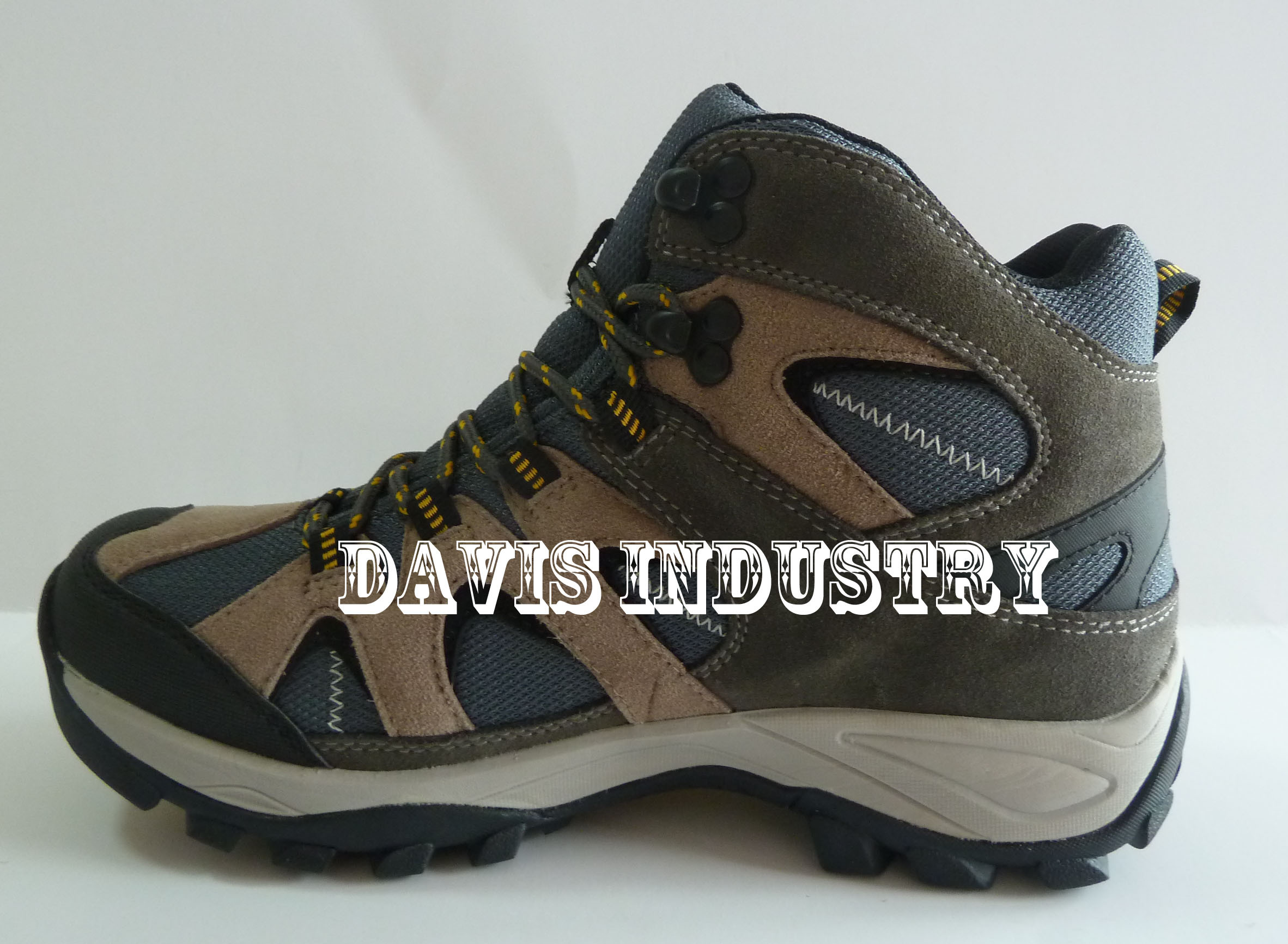 Hot Selling New Design Outdoor Hiking Shoes