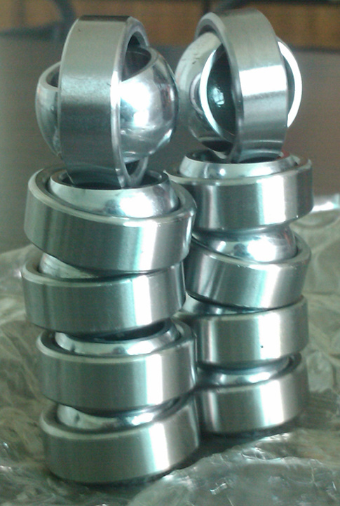 Maintenance-Free Radial Spherical Plain Bearings