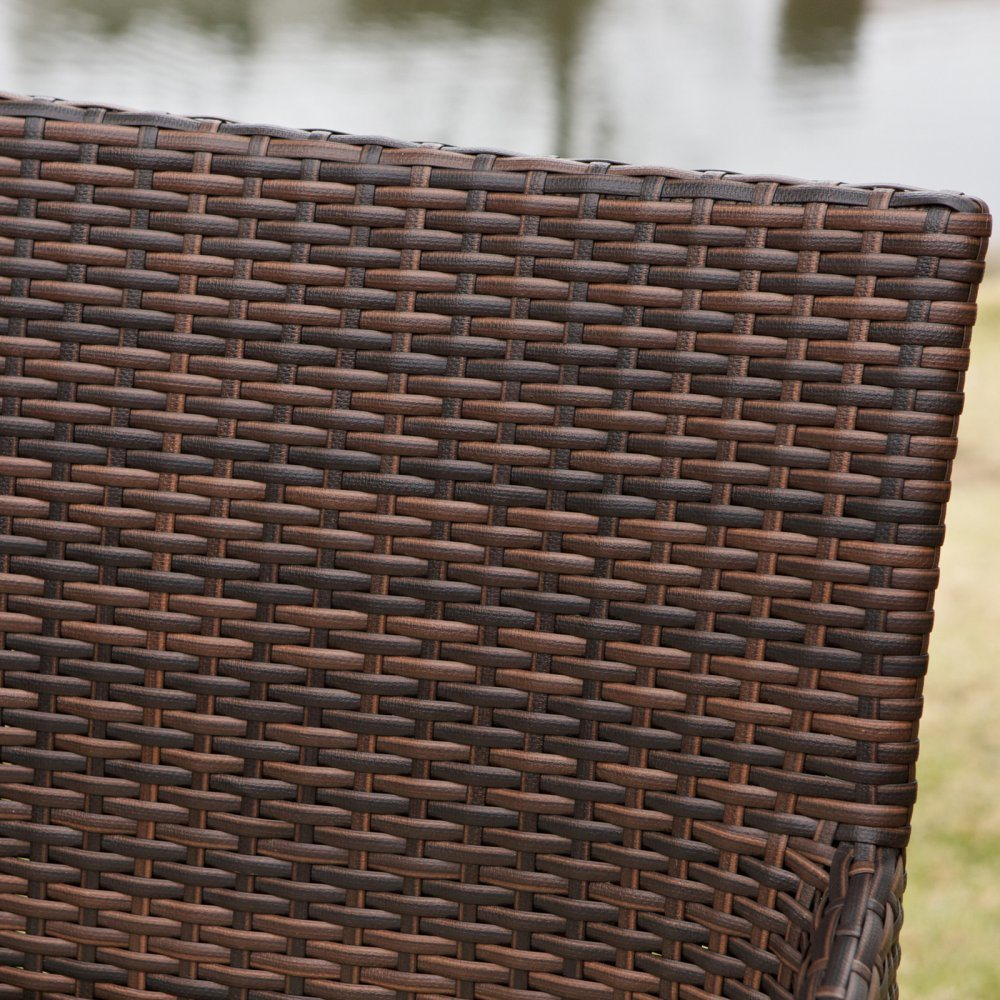 Well Furnir Outdoor Weather-Resistant PE Wicker Stool with Cushion