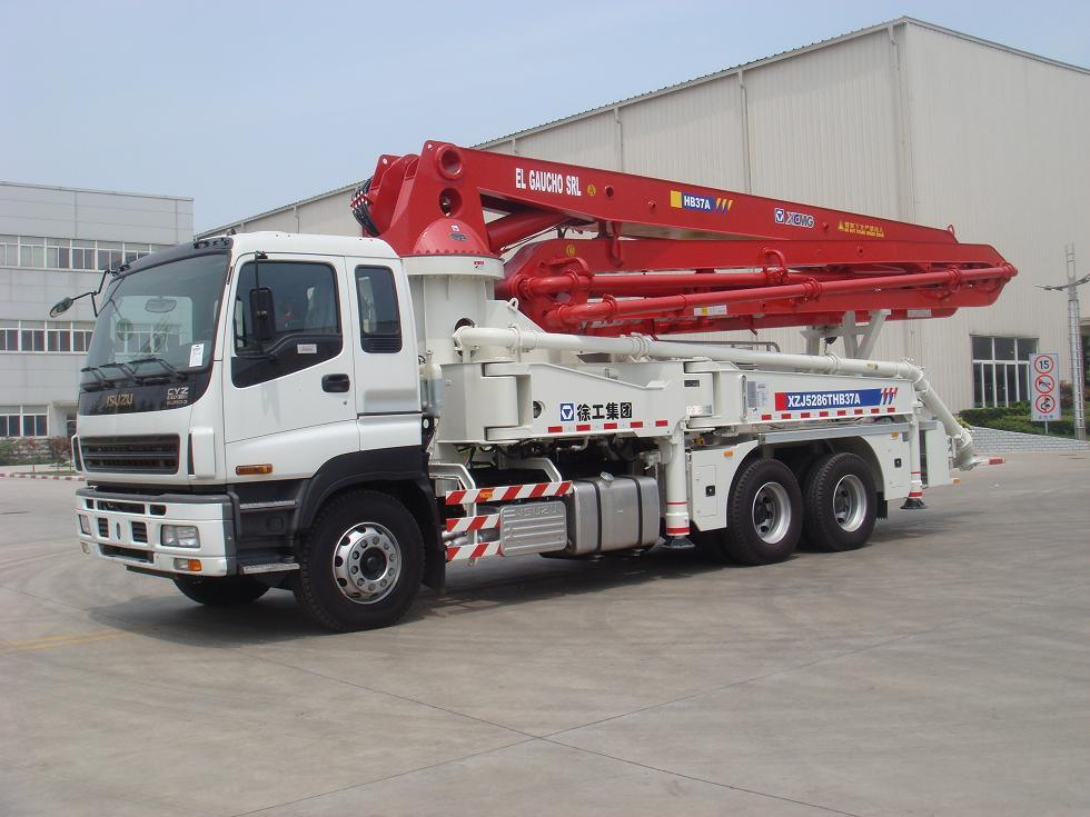China Xcmg 37m Truck Mounted Concrete Pump Truck Hb37a