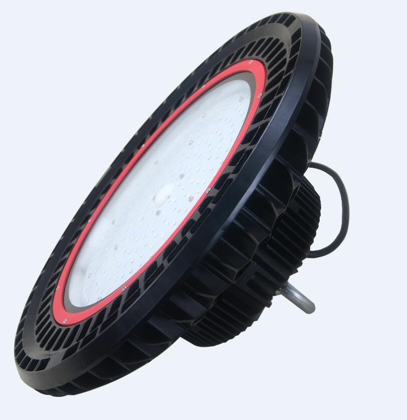 Waterproof IP65 120lm/W UFO 240W LED High Bay Light