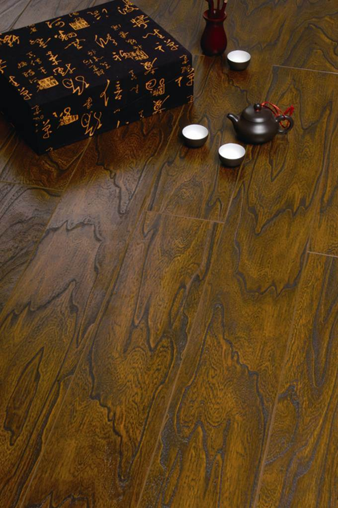 Laminate flooring laminate flooring made in america for Laurentian laminate flooring