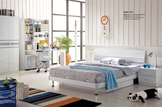 Children-Bedroom-378