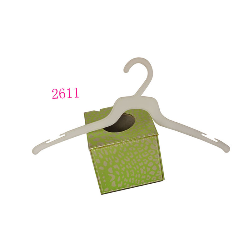 Cheap Plastic White Durable Shirt Hanger