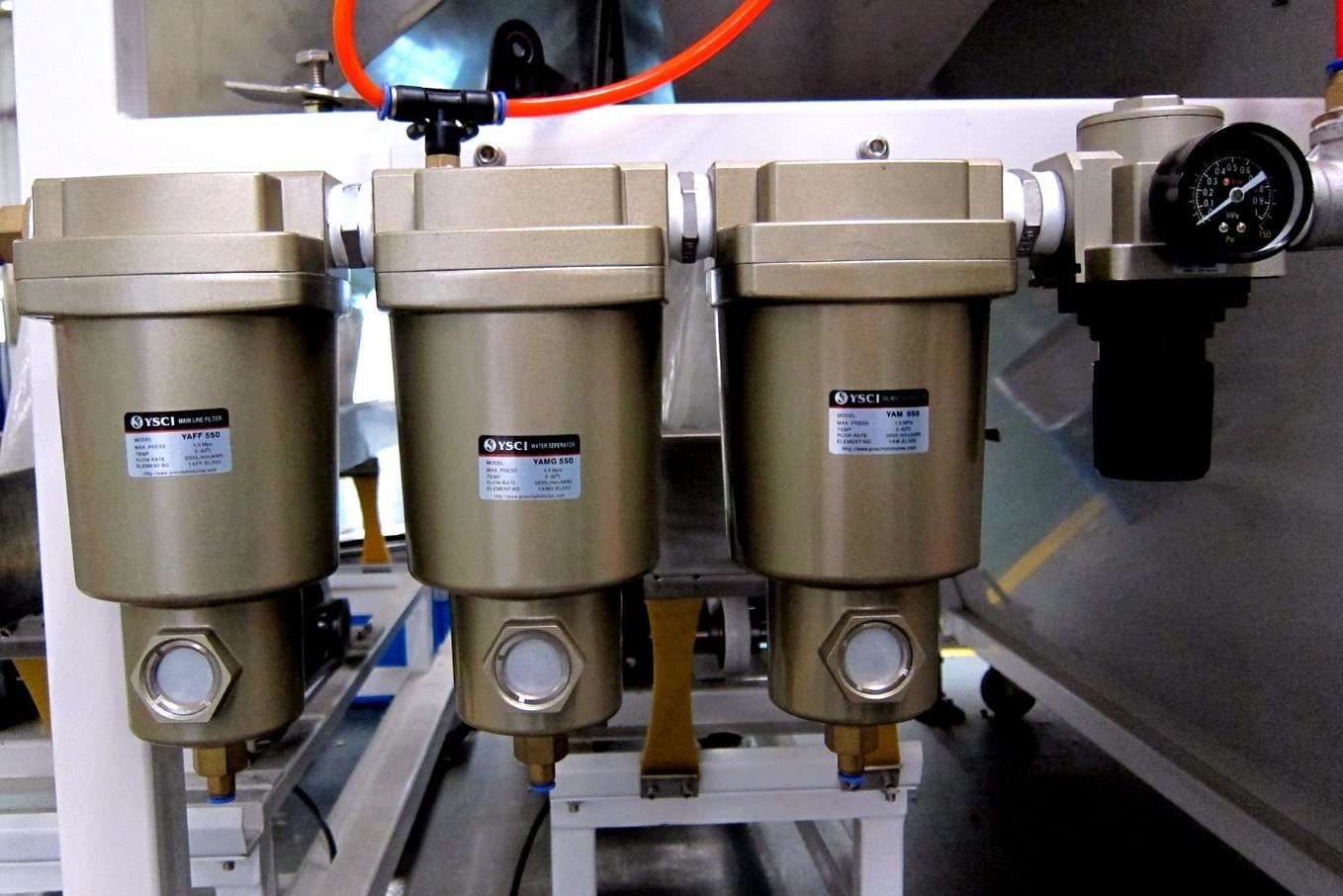 High Sorting Accuracy CCD Rice Color Sorter Machine