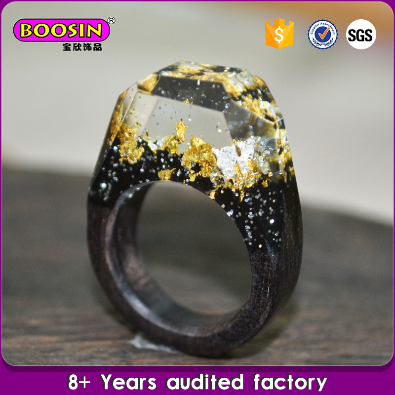 New Fashion Handcraft Unique Snow Landscape Resin Wood Ring