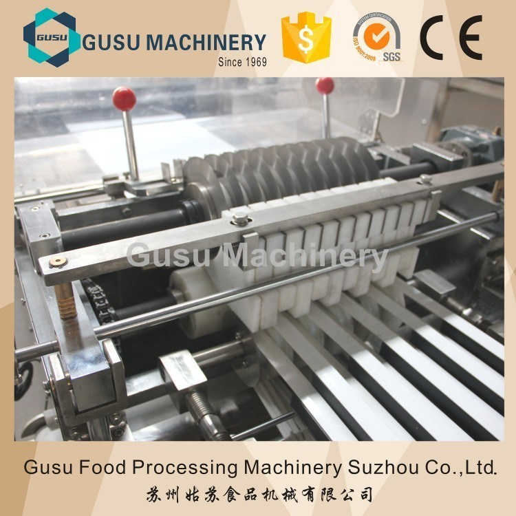 Ce Certified Snack Food Chocolate Enrobed Snicker Candy Bar Forming Coating Machine