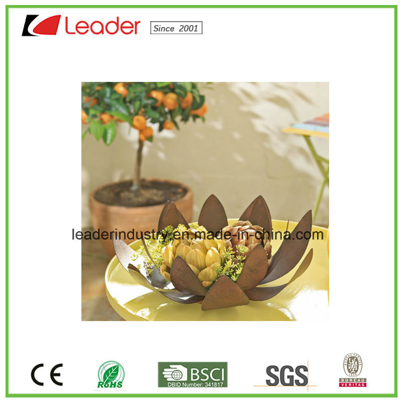 Hand Painted Metal Power Coated Rustic Crown Flowerpots for Home and Garden Decoration