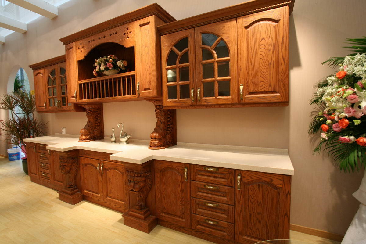 Oak kitchen cabinets casual cottage for Full kitchen cabinets