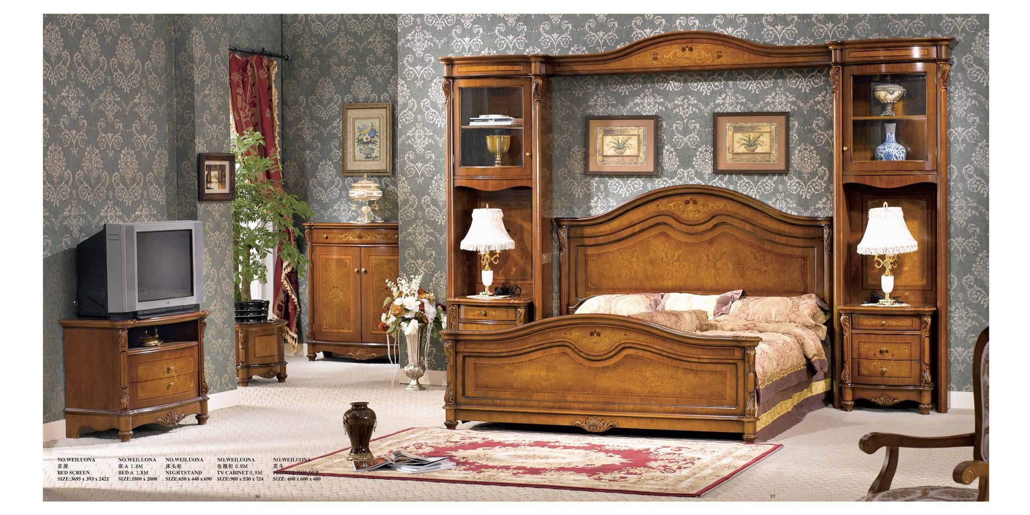 Laurel Heights Pocket Door Design Bassett Oak Bedroom Furniture Set