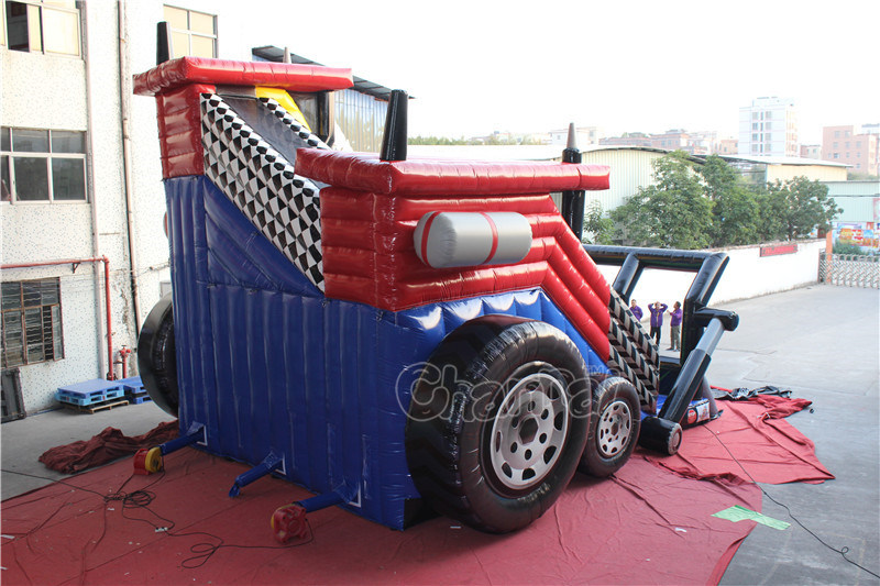 Tractor Freefall Jump and Inflatable Slide Chsp548