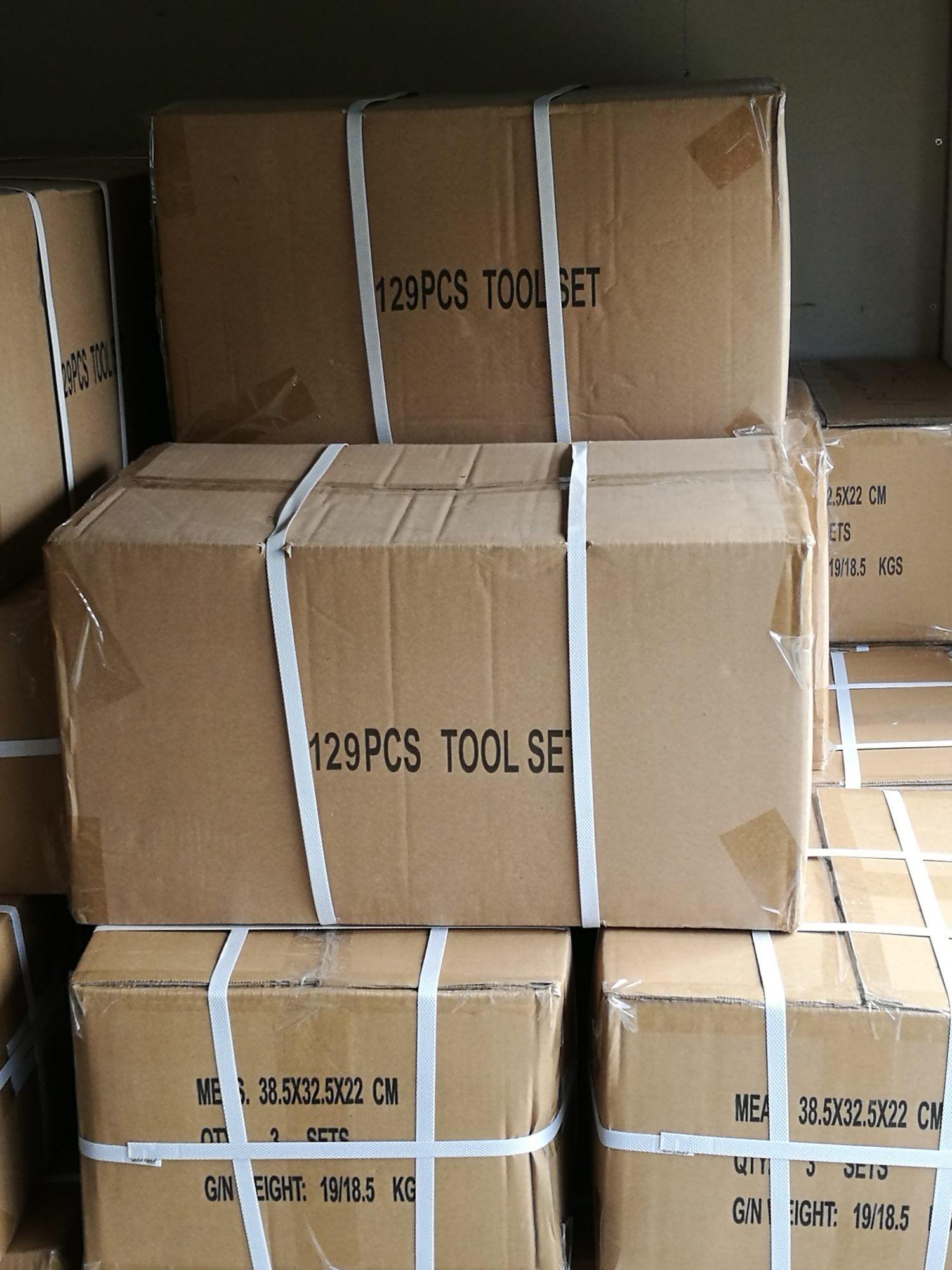 104PCS Cheaper and Comprehensive Aluminium Case Tool Set (FY104A)