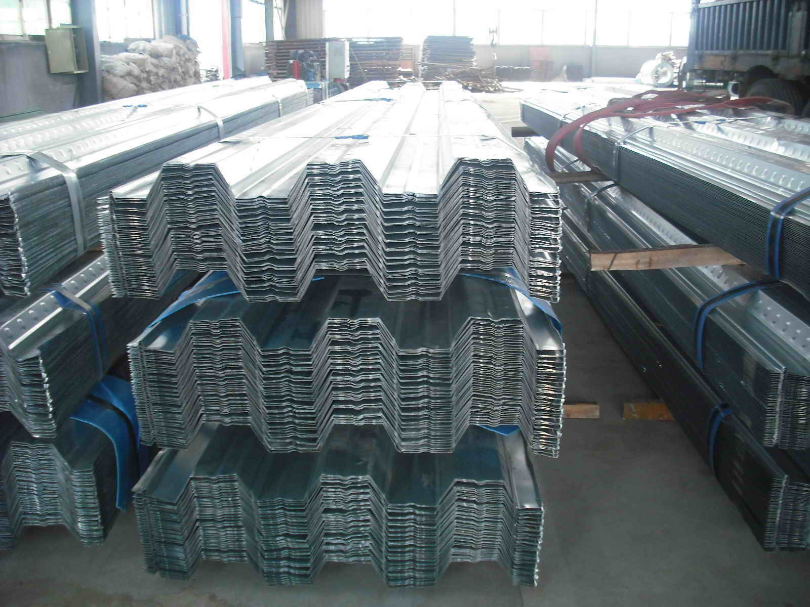 Fireproof Long Span Galvanized Steel Decking Sheet for Steel Buildings