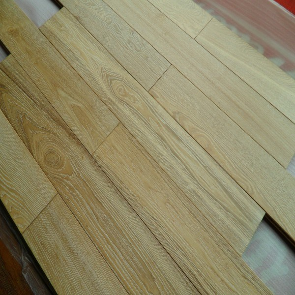 White Brused Natural Oak Hardwood Flooring Parquet