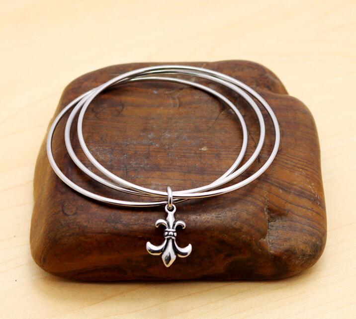Retro Stainless Steel Jewelry Trinity Crowe Love Bangle