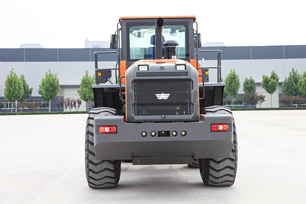 Yx657 5 Ton Large Wheel Loader with Cummins Engine and Zf Transmission