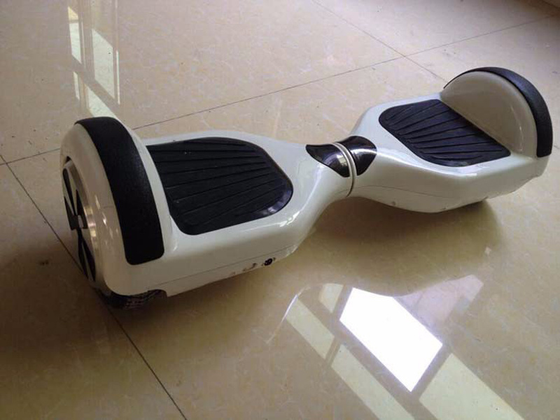 Two Wheels Smart Balance Mini Mobility Electric Balancing Scooter 700W