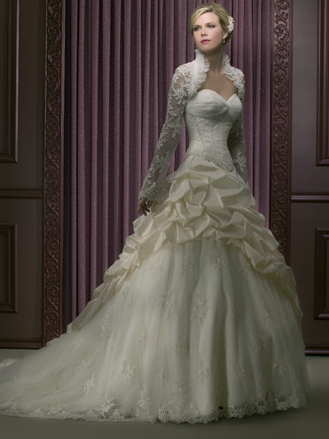 Impressive Long Sleeve Wedding Dress 474 x 632 · 89 kB · jpeg