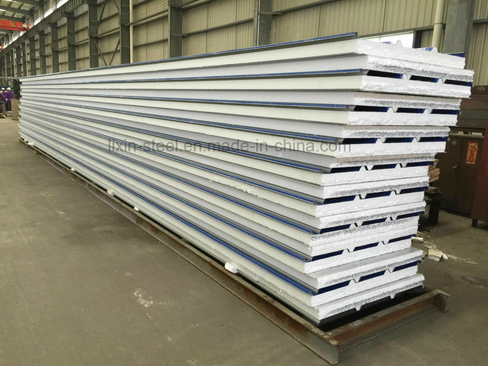 Fast Installation Light Steel Structure Modular House by Sandwich Panel
