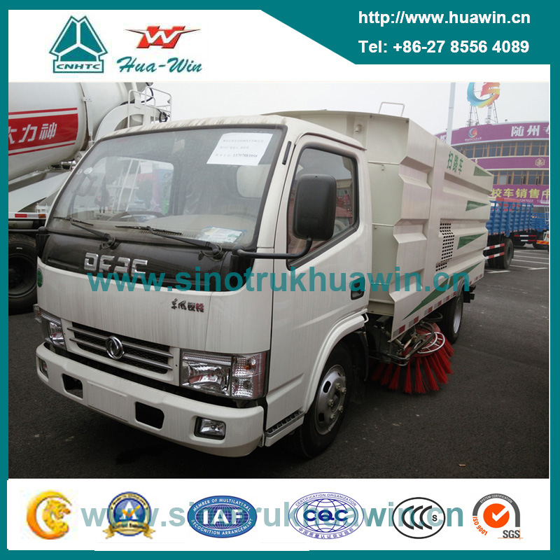 Dongfeng 95HP 4X2 Vacuum Road Sweeping Truck