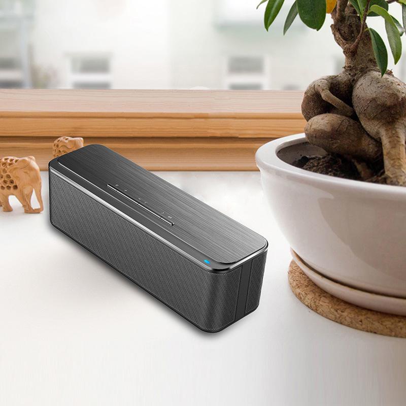 Best Seller Amplifer Mini Portable Wireless Blueooth Speaker with 4000mAh Battery