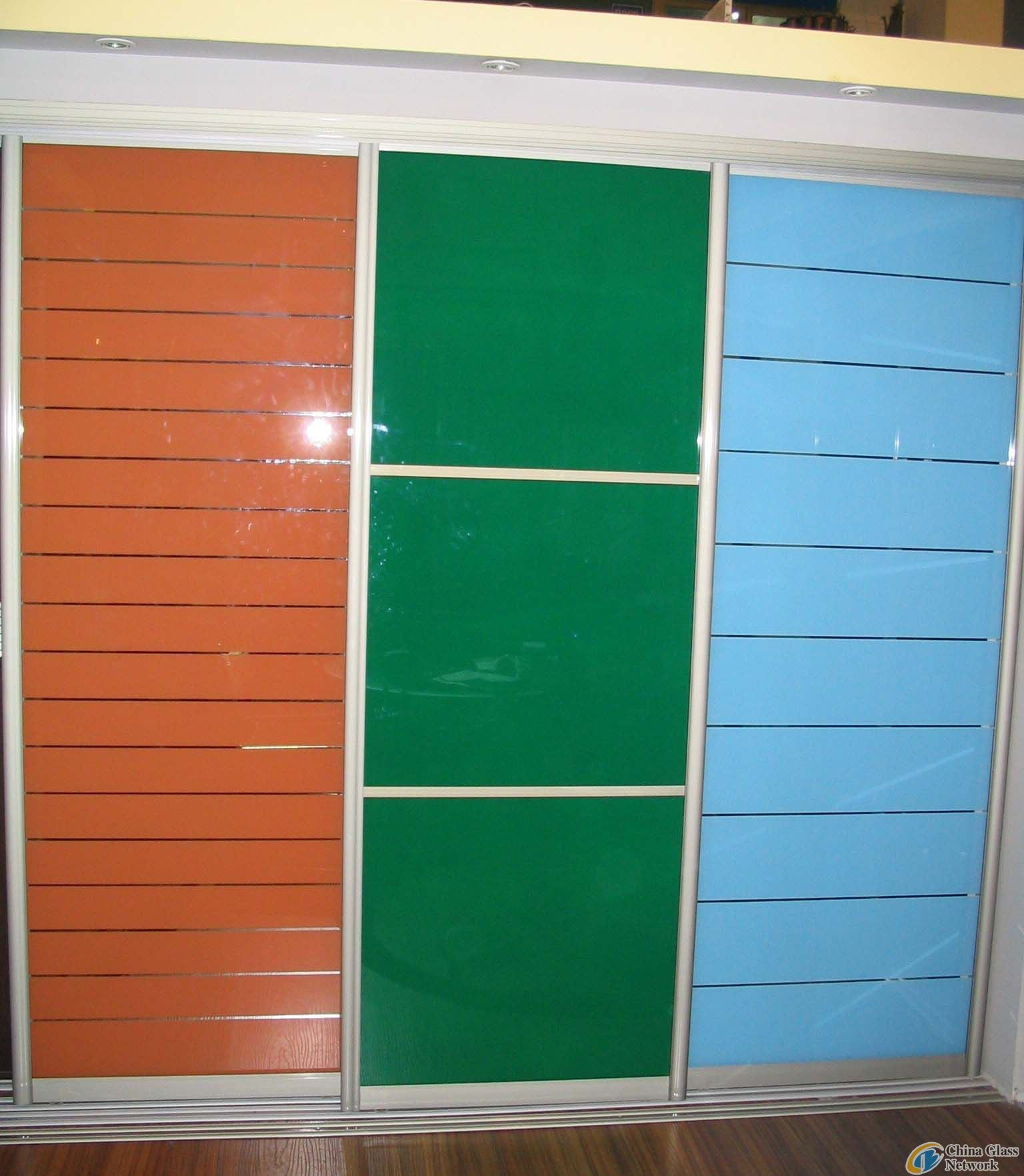 Painted Tempered Glass Cabinet with En12150