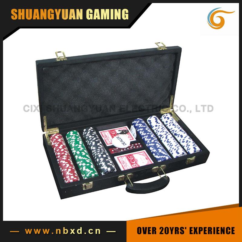 300PCS Poker Chip Set in Wooden Case