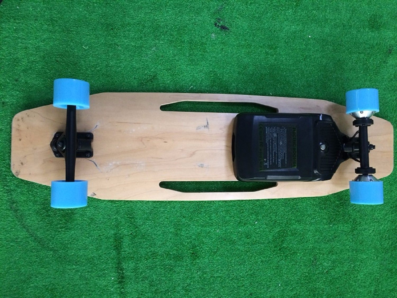 RoHS FC Ce Fashion 500wx2 Fast Electric Skateboard 4 Wheel for Adults on Sale