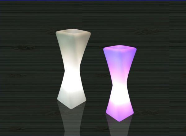 Outdoor Decoration Waterproof LED Twisted Flower Vase (F004)