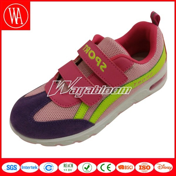 Magic Tape Children Sports Shoes in Good Quality