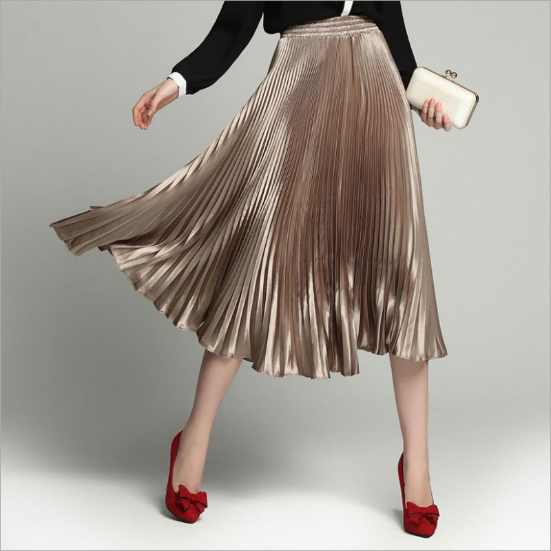 Champagne All-Match Long Pleated Skirt