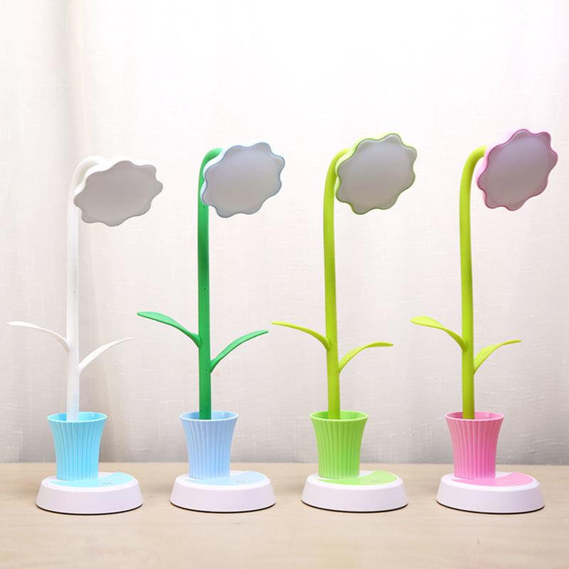 Sunflower LED Table Lamp for Penholder and Reading Light