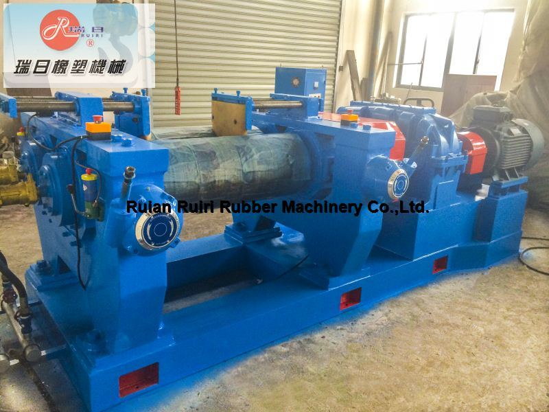 Two Roll Rubber Mixing Machine/Open Mixing Mill Xk-360/400/450/550 (CE&ISO9001)