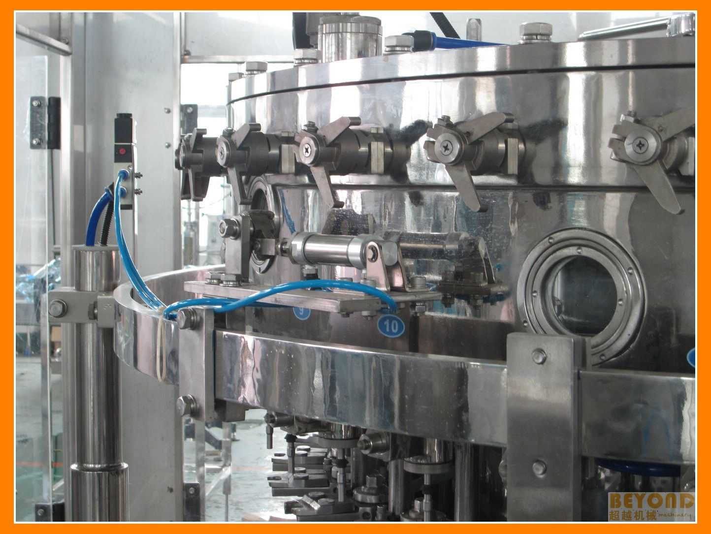 Carbonated Soft Drink Filling Machine (DCGF 18-18-6)