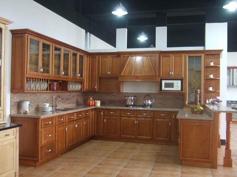 China solid wood kitchen cabinet b18 china kitchen for Solid wood kitchen cabinets