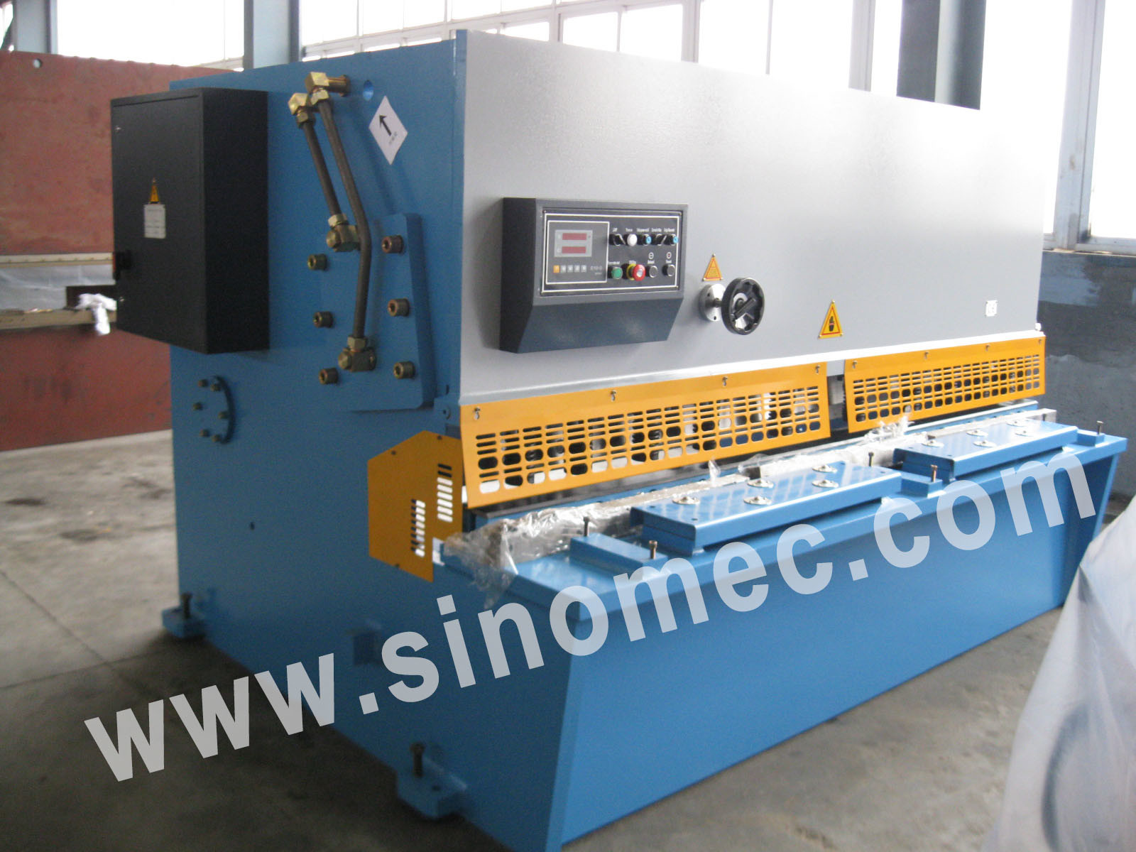 Guillotine Shear / Cutting Machine / Hydraulic Shear Machine (QC12Y-16X3200)