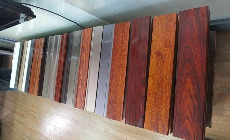 Wooden Grain Aluminium Profiles of Wooden Color Aluminium Profiles