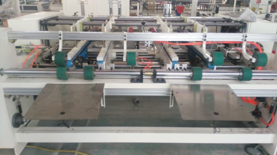 Px-2100 Semi Automatic Carton Folder Gluer Machine