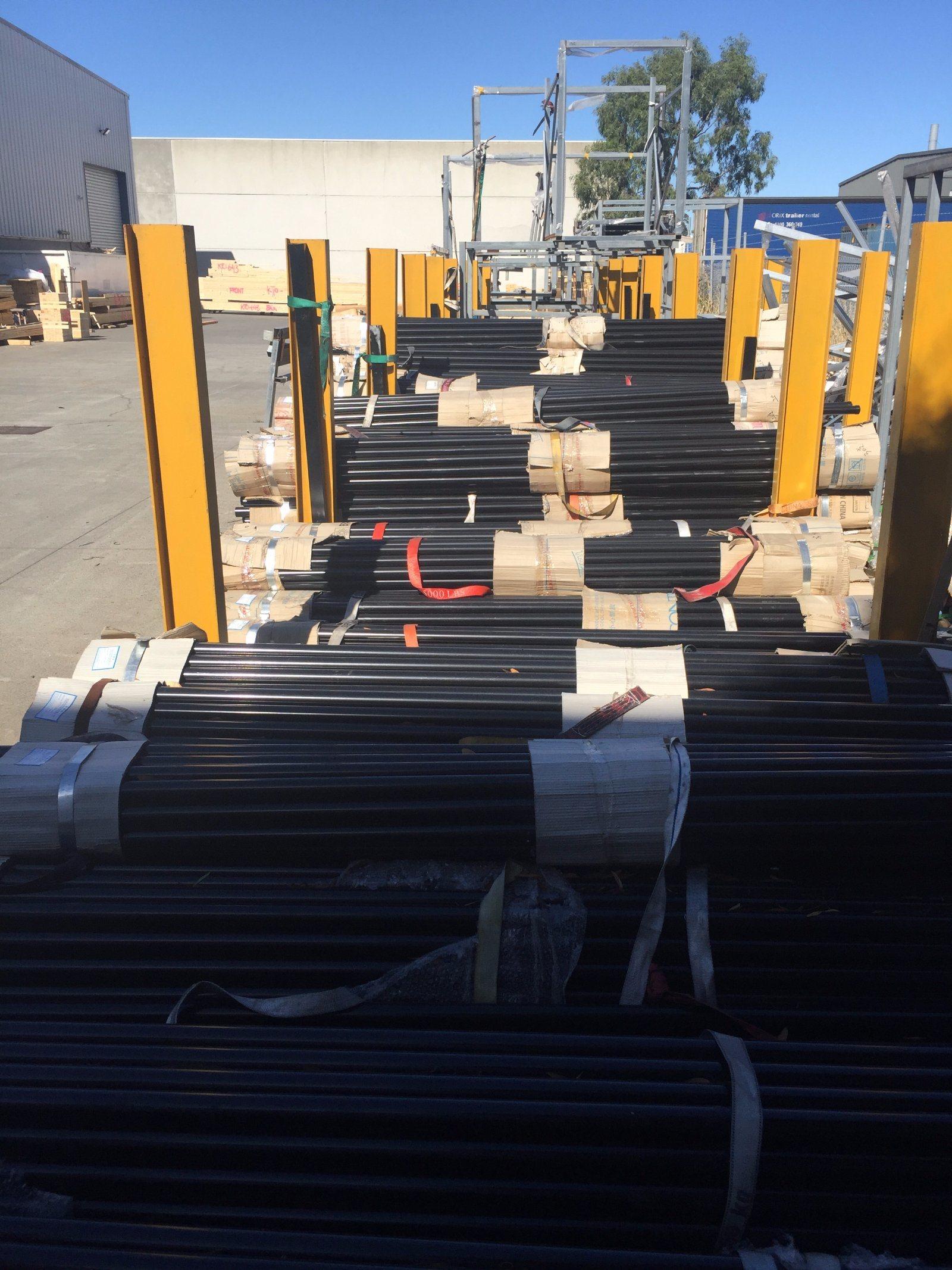 Powder Coated Glavanized Steel Fencing Round Posts
