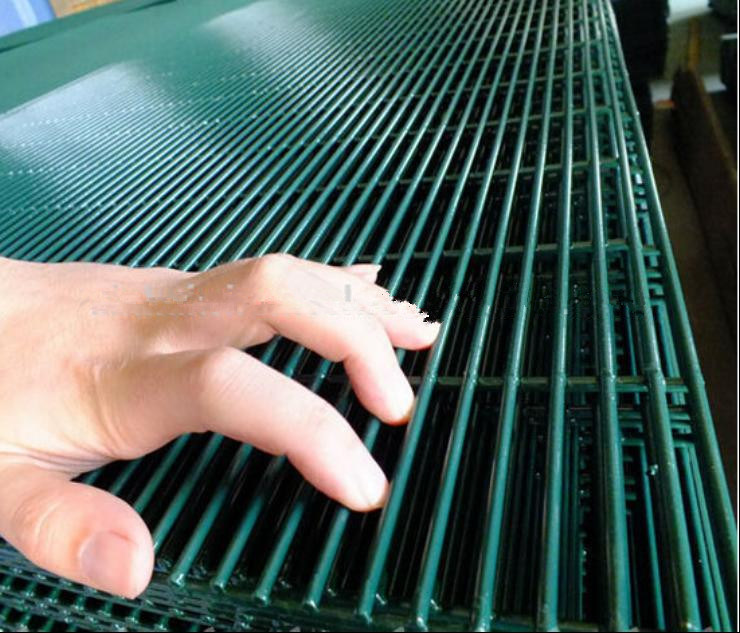 Anti-Climb High Security Fence/Prison Mesh 358 Fence